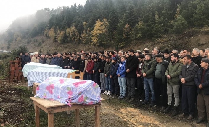 Trafik Kazası Kurbanı Küm Ailesi toprağa verildi