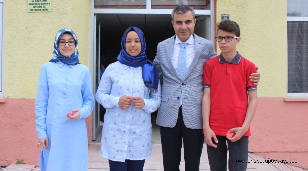 TEOG'da ilçemizden 3 Türkiye birincisi çıktı