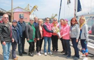 Bodrum'dan Samsun'a yelkenli yatla açılan 6 kadın...