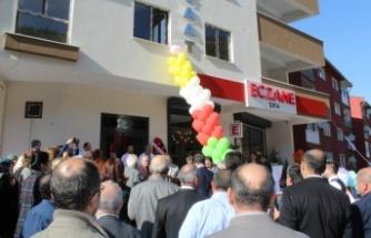 Şifa Eczanesi yeni adresinde hizmete açıldı
