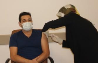 İnebolu'da ilk aşılar sağlık çalışanlarına uygulandı