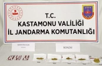 Jandarmadan uyuşturucuya bir darbe daha: 1 kişi tutuklandı