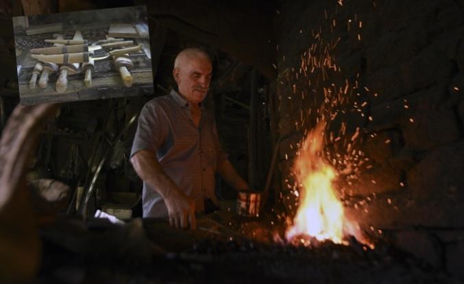 800 yıldır yanan ocaklarının sönmemesi için çalışıyorlar