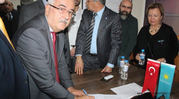 İYİ Parti'den Cezaevi imza kampanyasına destek
