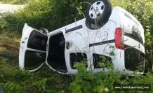 Kontrolden Çıkan Araç Devrildi: 4 Yaralı
