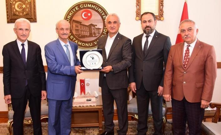 Mehmet Ercankal'a Ahilik Plaketi verildi